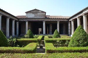 The_peristyle_of_the_House_of_Menander_(Regio_I),_Pompeii_(15165295152)